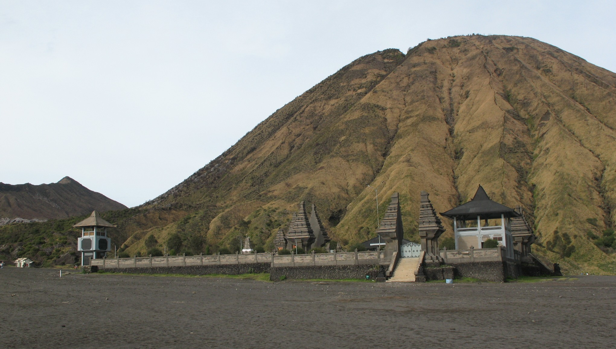 http://appleyardz.files.wordpress.com/2010/12/pura-bromo.jpg